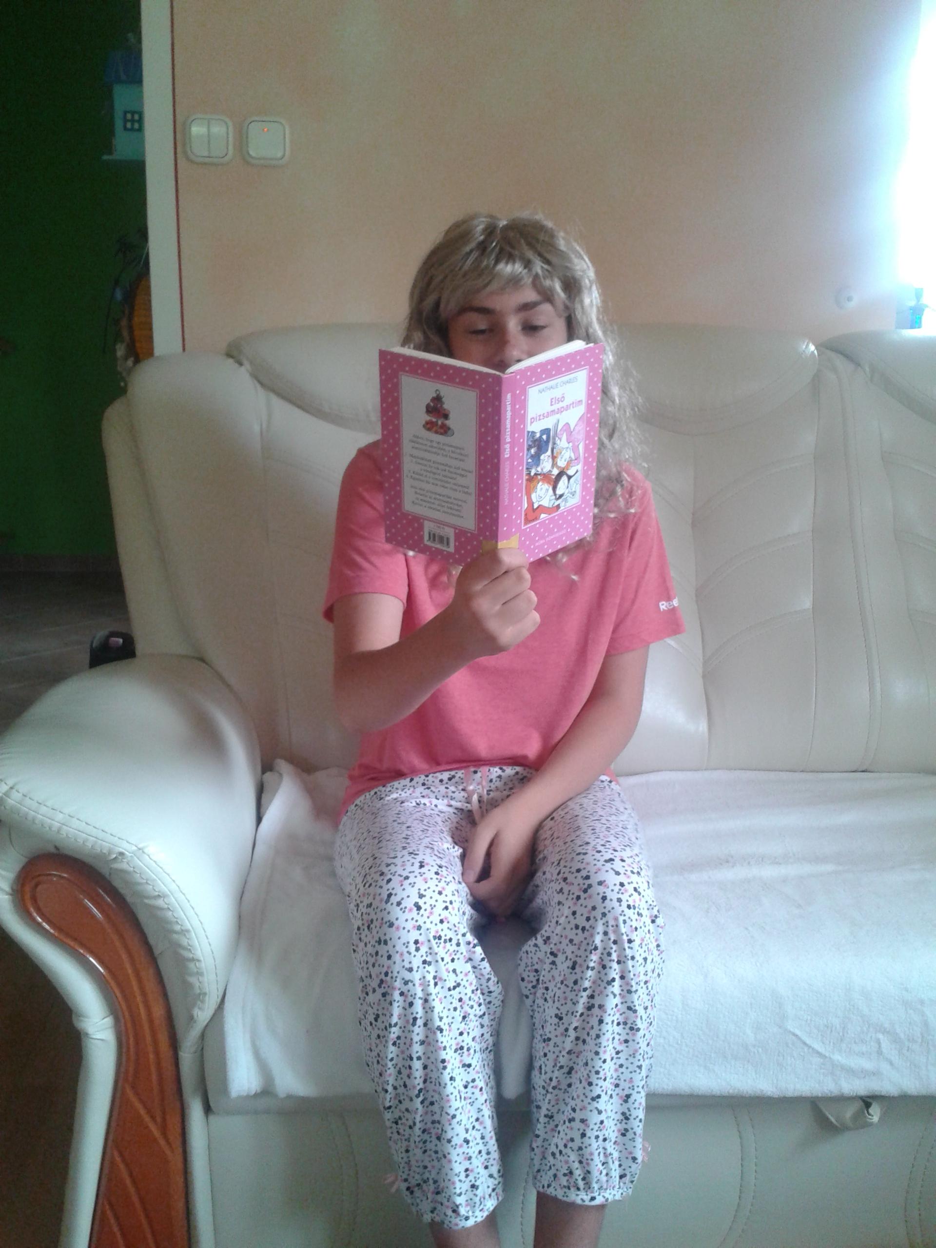 Nathalie Charles: Első pizsamapartim